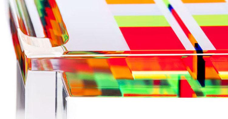 Tavolo in plexiglas colorato 'Mosaico'